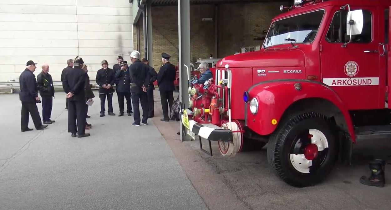 Brandbilsrally med veteranbrandbilar