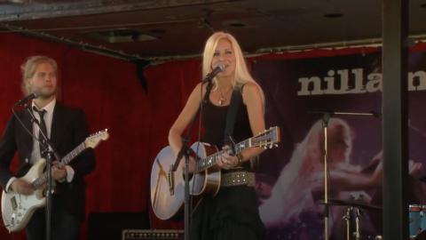 Nilla Nielsen - Om jag var Gud för ikväll